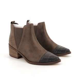 Report Zerega Capped Toe Moto Western Booties 7.5